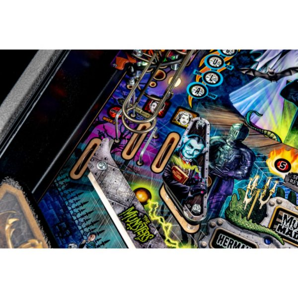 Munsters-Playfield-11-768x768