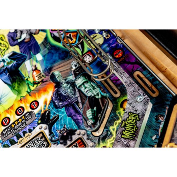 Munsters-Playfield-12-768x768