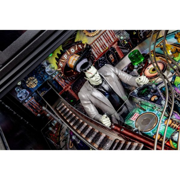 Munsters-Playfield-14-768x768