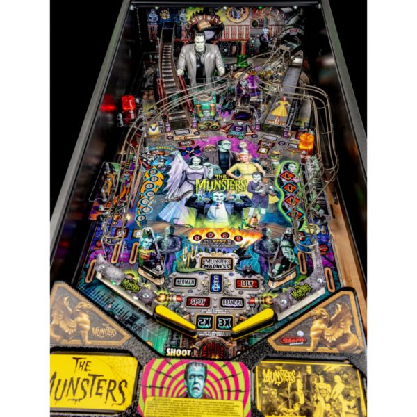 Munsters-Playfield-8-768x768